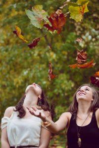 automne femmes yoginis de lumiere